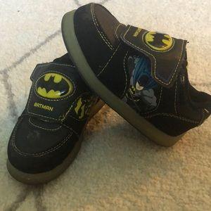 Batman Boys Sandals Light Up Size  5-6 7-8 11-12 NWT